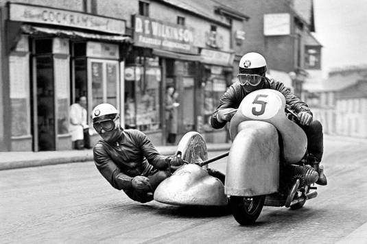 085_Mediagalerie_Historischer-Motorsport-motorrad-sw-5.jpg
